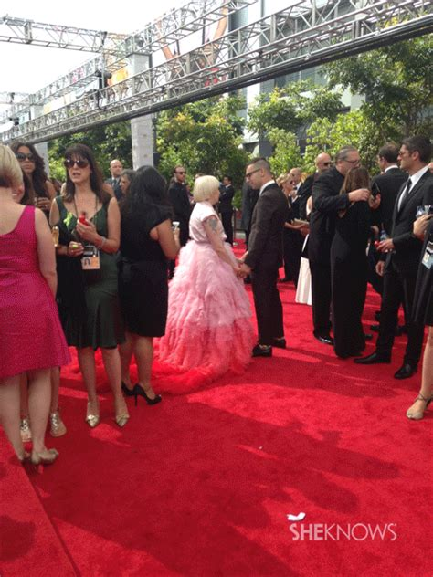 Benchwarmers Closet by Primetime Emmys 9 Things Lena Dunham S Hair Looks Like
