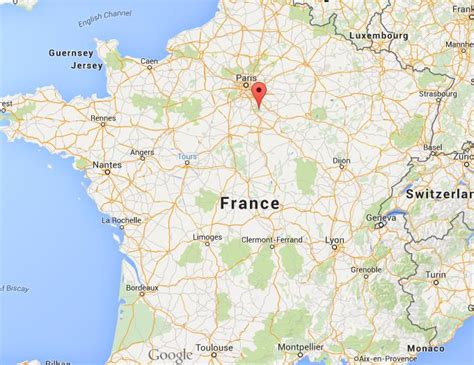where is fontainebleau on map world easy guides