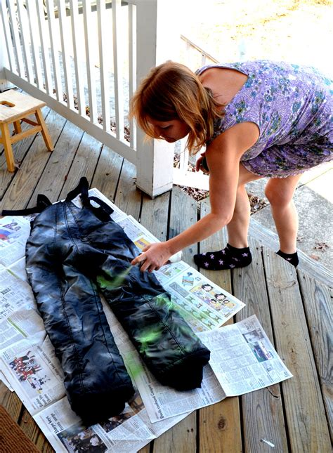 how to get spray paint out of clothes how to get paint