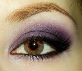 best eyeshadow color for brown eye shadow for your eye color