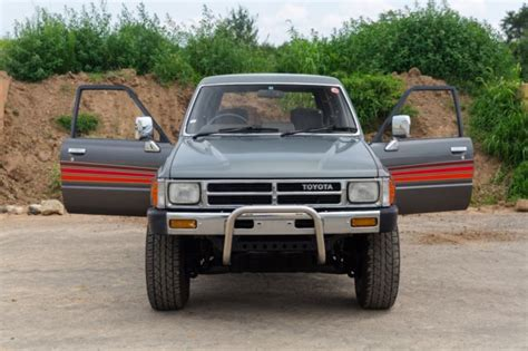 1988 Toyota Hilux Diesel For Sale 1988 Toyota Hilux Surf N60 Generation 4x4 Diesel Jdm