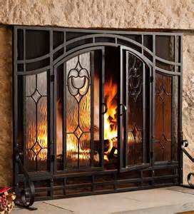 fireplace screens types and safety precautions