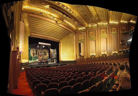 chicago opera house for everyone april 2011