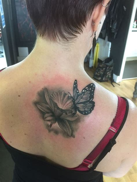 tattoo butterfly club 45 best daffodil and butterfly tattoos images on pinterest