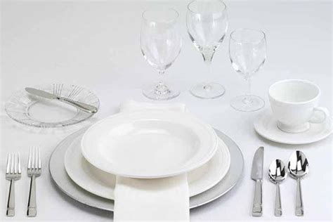 how to set a dinner table how to set a table taste of home