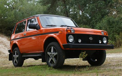 Lada Niva Car Cars Lada 2121 Niva Russian Cars Wallpaper 1920x1200