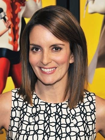 tina feys hair color tina fey in quot megamind quot new york premiere outside