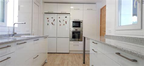 encimera granito blanco encimera granito blanco trendy cocina blanca muy bonita