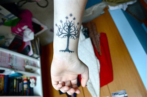 white tree of gondor tattoo white tree of gondor by saturdayxx on deviantart
