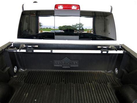 thule truck bed rack th822xt