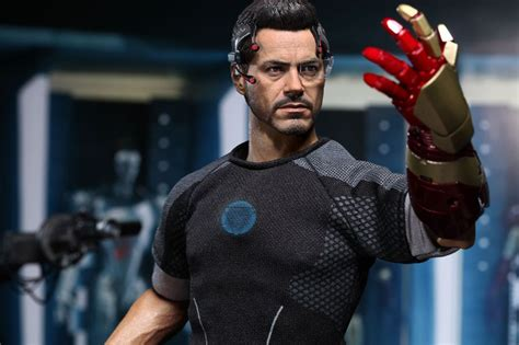 tony stark quot the nostalgia king quot hot toys iron man 3 figure