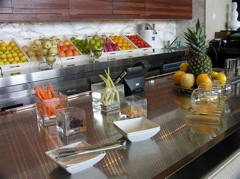 Detox Kitchen And Juice Bar Menu by Best 25 Juice Bars Ideas On Smoothie Bar