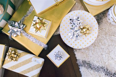 why decorate your home 10 easy ways to decorate your house for the holidays