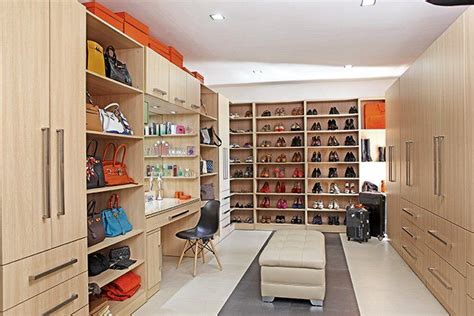 Walk In Closet Philippines by 7 Things To In Pauleen S Home In Quezon City