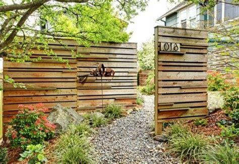 Zaun Aus Holz Sichtschutz Im Garten Diy Fr 252 Hling