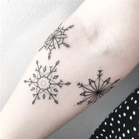 winter tattoo designs best 25 snowflake tattoos ideas on snow