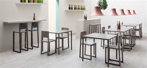 sedie usate legno materiali utilizzati per costruire tavoli e sedie dsedute
