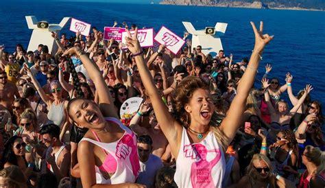 round boat party pukka up boat party 2016 seeibiza