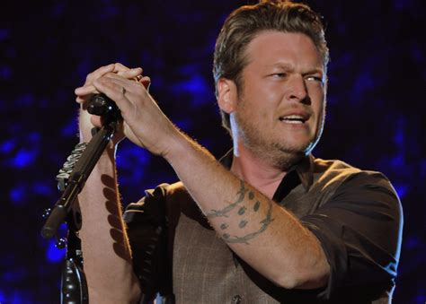 blake shelton tattoos