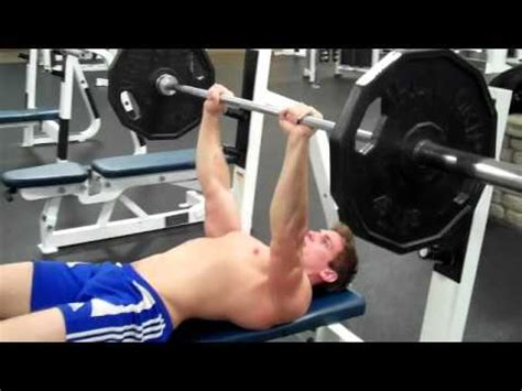 close grip barbell bench press best muscle building videos