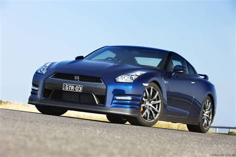 2012 Nissan Gtr Specs by 2012 Nissan Gt R Spec R To Finish R35 Model Photos