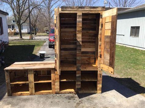 Upcycled Pallet Storage Box