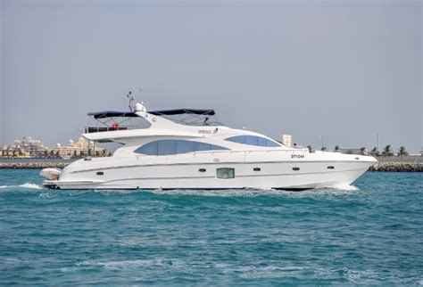 yacht for rent 90ft yacht rental in dubai master yachts cruises