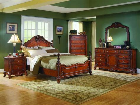 Classic Bedroom Wall Colors Bedroom Beautiful Traditional Bedrooms Design With Green