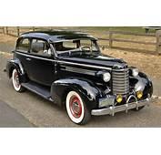 Mad 4 Wheels  1937 Oldsmobile F7 2Dr Trunkback Best