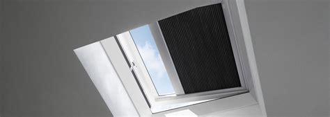 tende oscuranti per finestre prezzi tende oscuranti plissettate per finestre per tetti piani velux