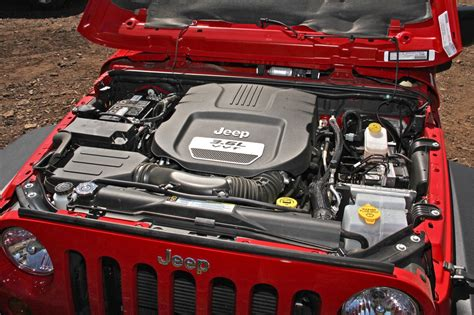 What Of Engine Does A Jeep Wrangler Used Car Battle Jeep Wrangler Unlimited Vs Nissan Xterra
