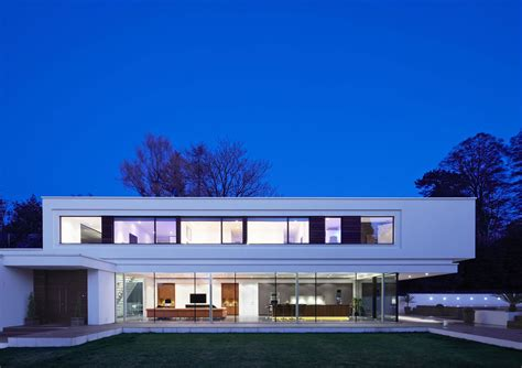 Ultra Modern Home Plans Evening Lighting Eco Friendly Modern Home In Tandridge
