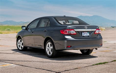 2011 Toyota Corolla Review by 2011 Toyota Corolla Reviews And Rating Motor Trend