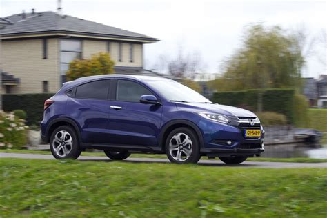 Honda Hr V 1 5 S At 2015 honda hr v 1 5 executive 2015 autotest autoweek nl