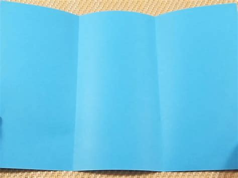How To Fold Paper Into Brochure - how to fold paper for tri fold brochures 6 steps with