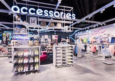 product presentation 187 retail design blog 36 best fashion merchandising info guides images on pinterest