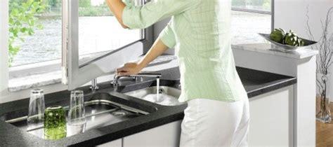 robinet evier sous fenetre robinet rabattable fen 234 tre pour 233 vier cuisine mon robinet