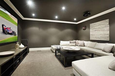 design tips  turning  basement   media room