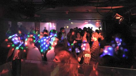 top 10 bars in cardiff metros nightclub cardiff club reviews designmynight