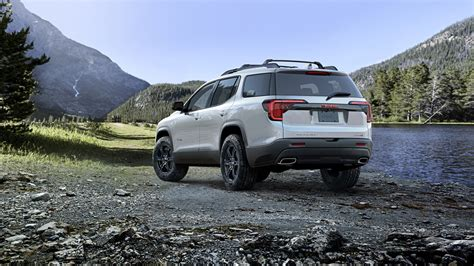 Gmc Jeep 2020 by Major Refresh For 2020 Gmc Acadia Makes Crossover More Butch