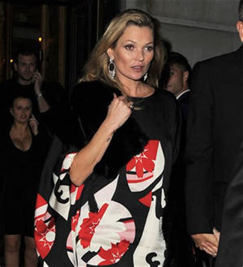 Kates Tv Comeback by Kate Moss Supports Galliano At Catwalk Comeback