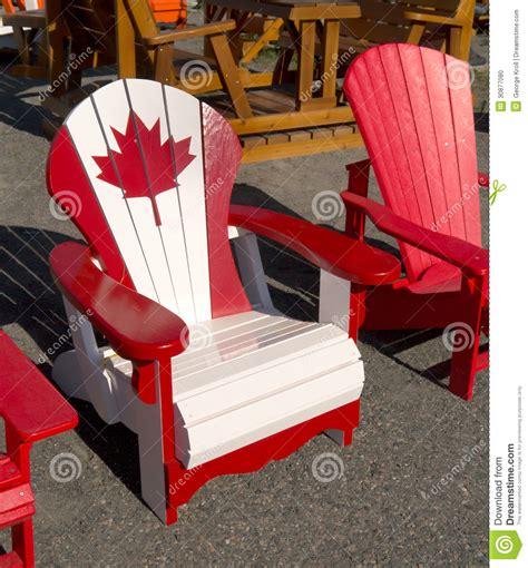 chaise d adirondack de canadien photo stock image 30877080