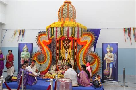 Flower Decoration For Satyanarayan Pooja by Welcome Bellevision