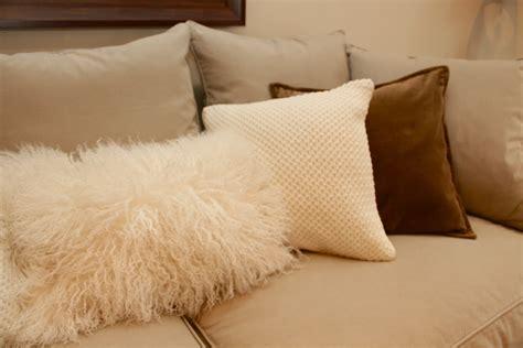 How To Make Pillow Fluffy Again by Velvet Fluffy Pillows