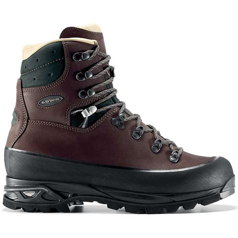 lowa s baffin pro boot mountain steals
