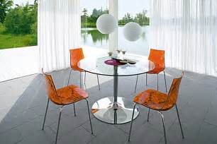 Glass Kitchen Tables 18 Sleek Glass Dining Tables