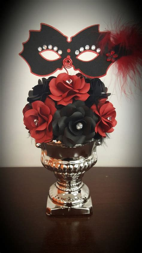 masquerade decorations centerpieces 25 best ideas about masquerade centerpieces on
