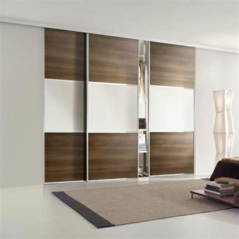 armoire chambre a coucher porte coulissante l armoire avec porte coulissante pour la chambre a