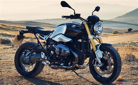 BMW R Nine T Test Review   Blessed Groceries   Bikes Doctor