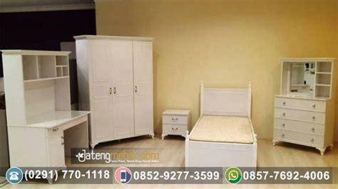 Lemari Kayu Nangka toko furniture terpercaya jual set tempat tidur duco